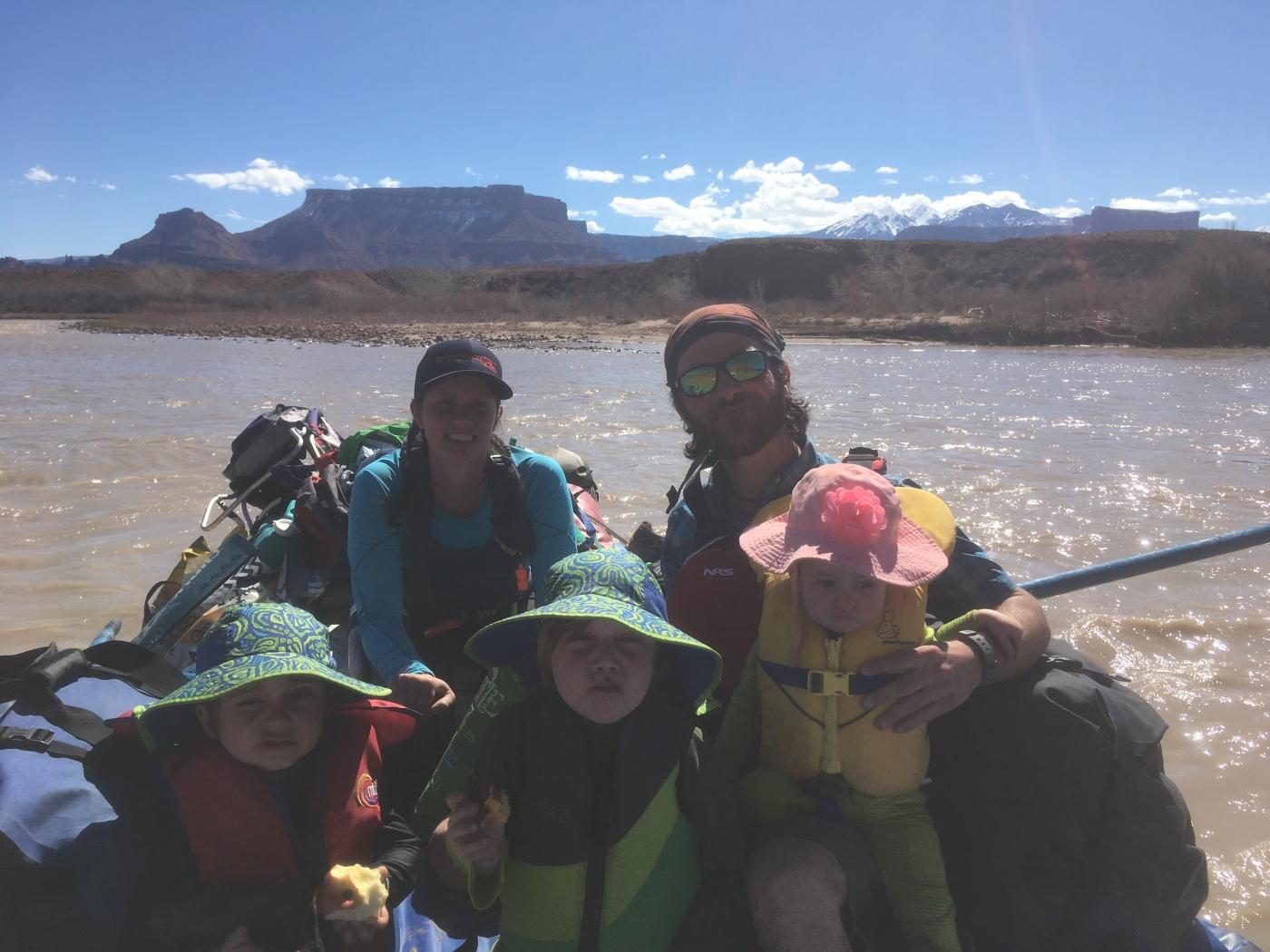 Family Rafting 101 – Lindsay DeFrates